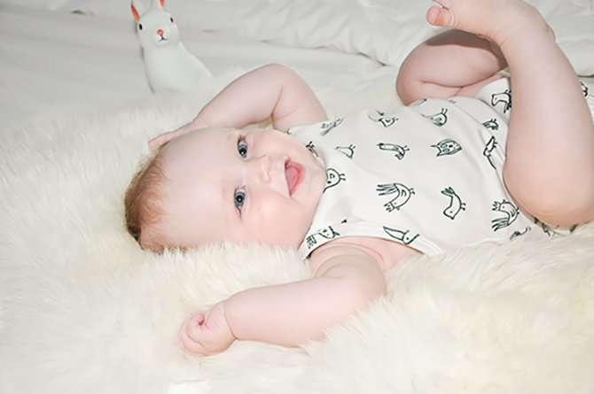 OLIVIA IN ROMPER VAN L'ENFANT SAUVAGE