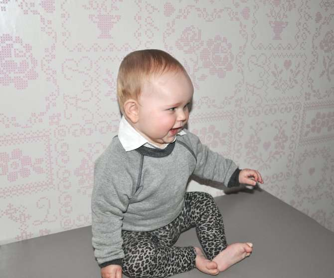 OLIVIA IN SWEATER VOOR BOYS & GIRLS