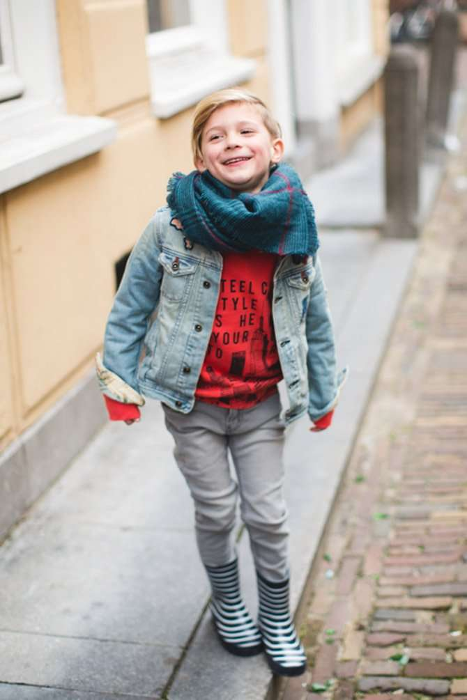 SEM IN COOLE OUTFIT