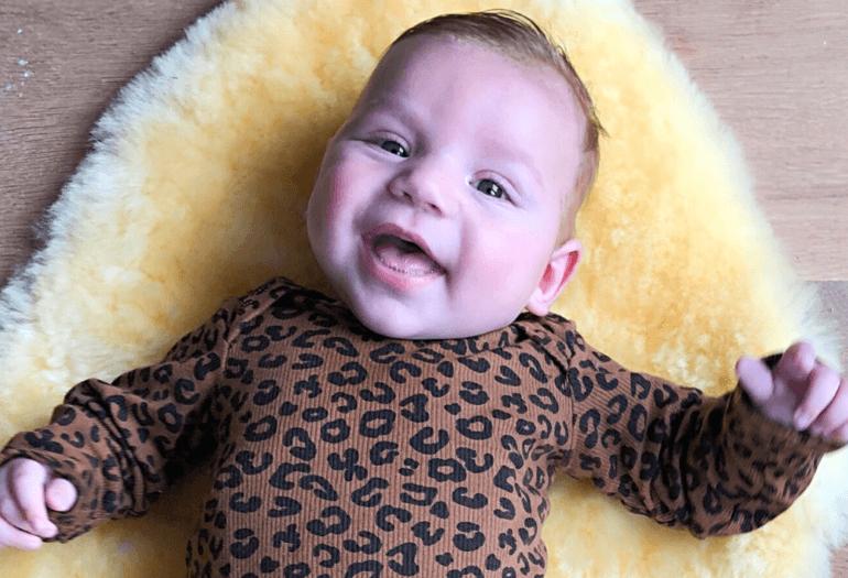 BABY MINK IN MUSTHAVE PRINT VAN DEZE WINTER